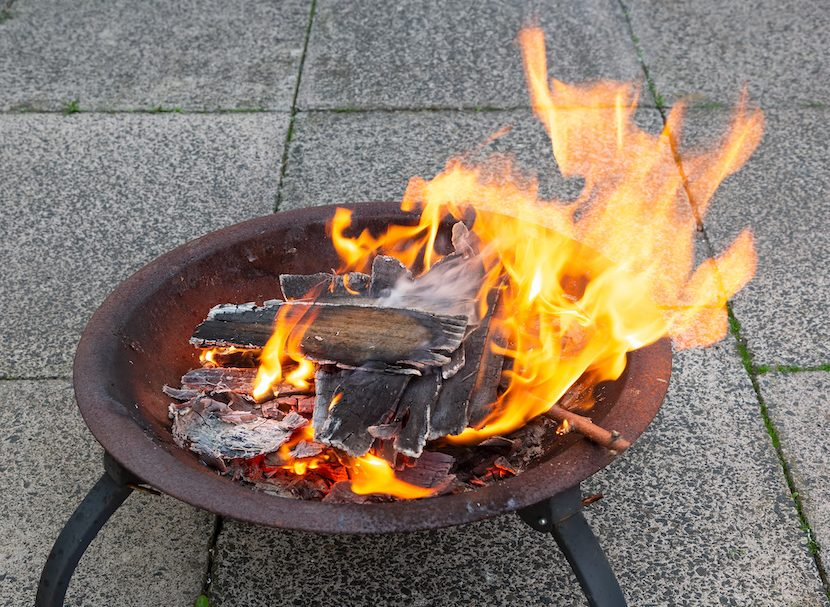 what can i burn on a fire pit